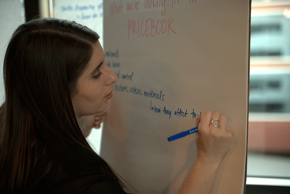 Amy Herman leading an exercise at a Power User Workshop