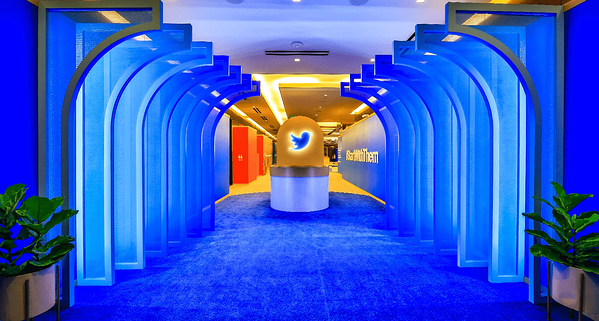 Consumer Electronics Show (CES) - Twitter Event Marketing